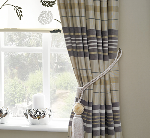 Made to measure curtain manufacturers